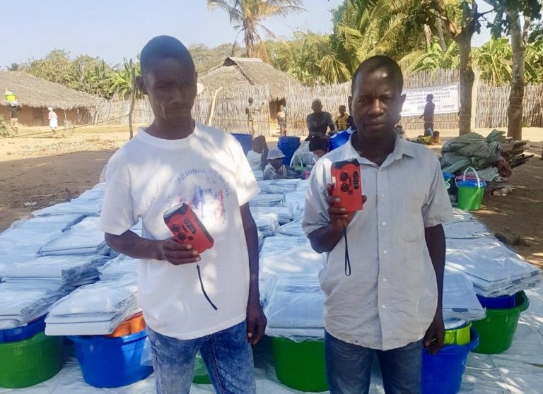Radio-lights Distributed to Cyclone Survivors